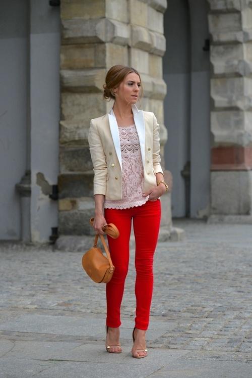 calça vermelha renda