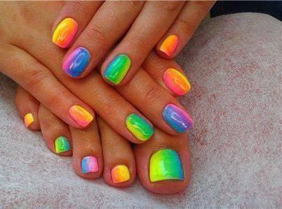 tie dye nail art 3