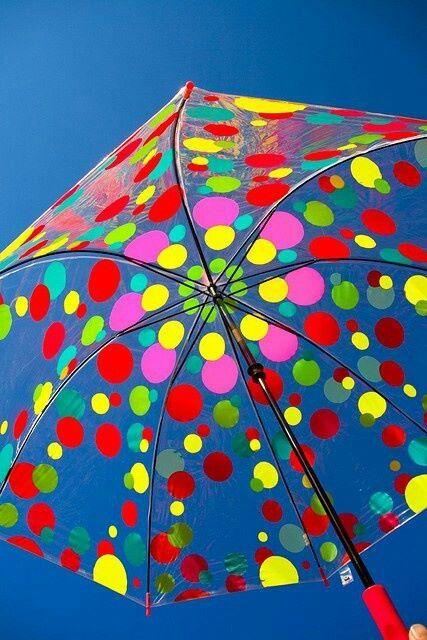 guarda chuvas bolinhas coloridas