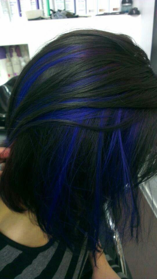 mecha azul no preto