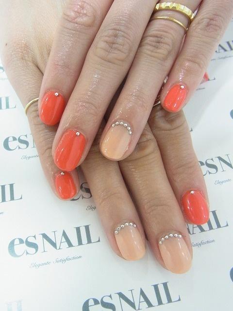 unhas laranja nude