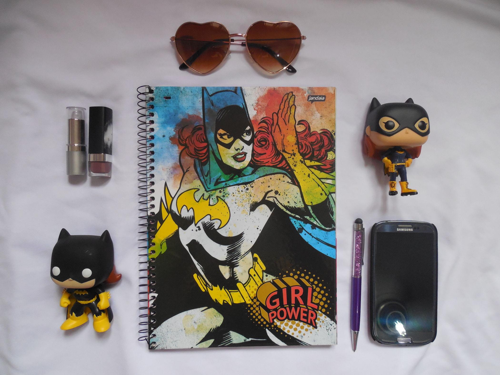 caderno batgirl capa
