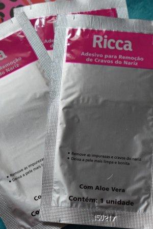 adesivo remover cravos ricca 4